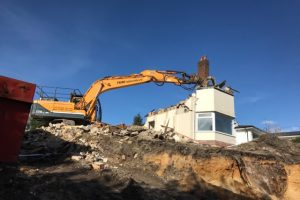 High reach demolition contractors